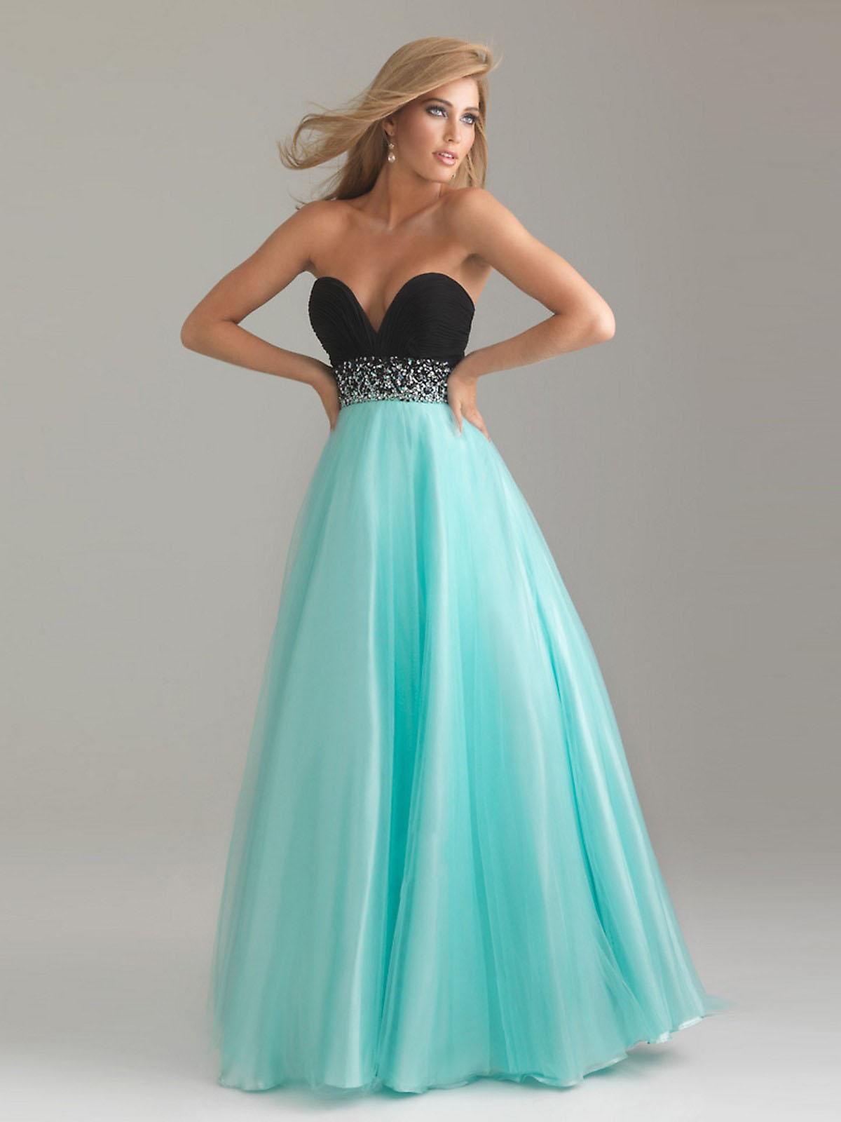Sweet Wedding Memory: Popular Strapless Prom Dresses