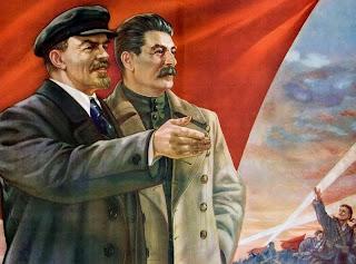 """""""Las discrepancias de Lenin y Stalin sobre la cuestión nacional en el invierno de 1922-1923"""" - publicado en Crítica Marxista-leninista en marzo de 2013 - sobre el texto """"Lenin's Last Struggle Revisited"""", de 2001 - links a textos de Lenin y Stalin  Lenin+y+Stalin+con+la+Bandera+Roja"""
