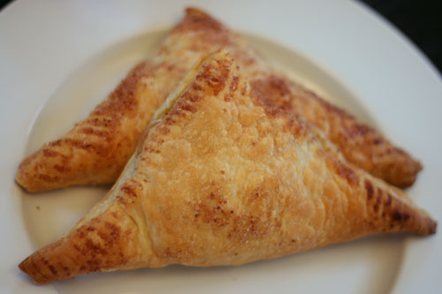 The Way to the Kitchen: Apple Turnovers