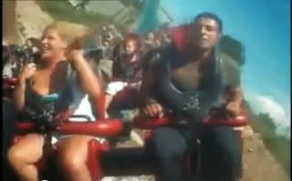 VIDEO Naik Roller Coaster Hingga Terkeluar Buah Dari Baju