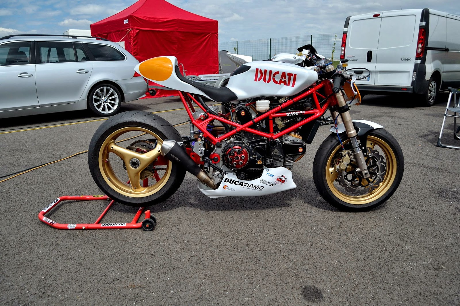 BUBBLE VISOR: Radical Ducati is still alive