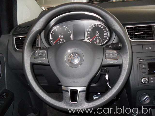 VW CrossFox 2012 - volante
