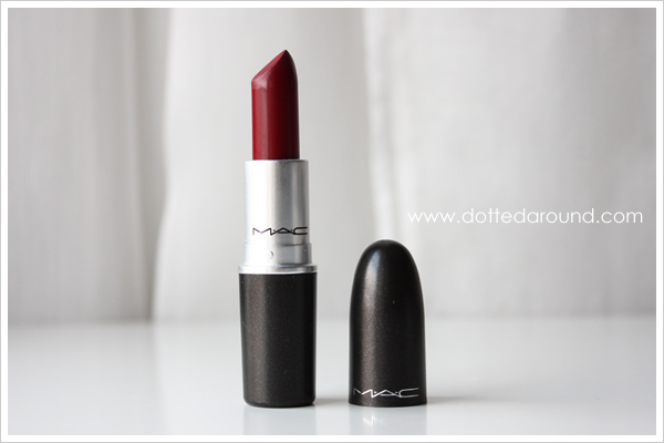 MAC Runaway Red lipstick rossetto berry lampone