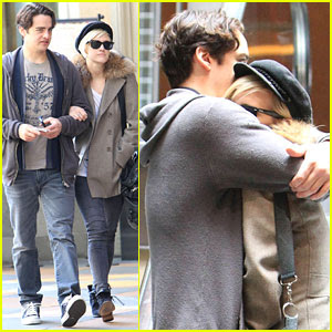 Ashlee Simpson Boyfriend