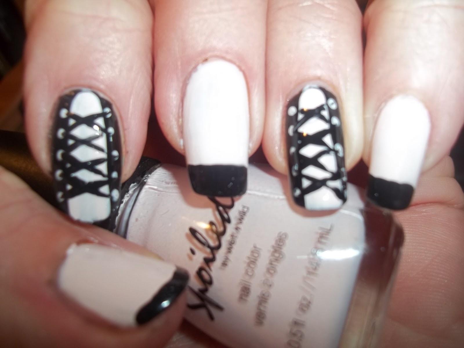 NailsnBling: Corset Nail Design
