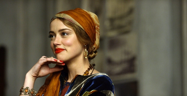 Amber Heard in The Danish Girl as Oola