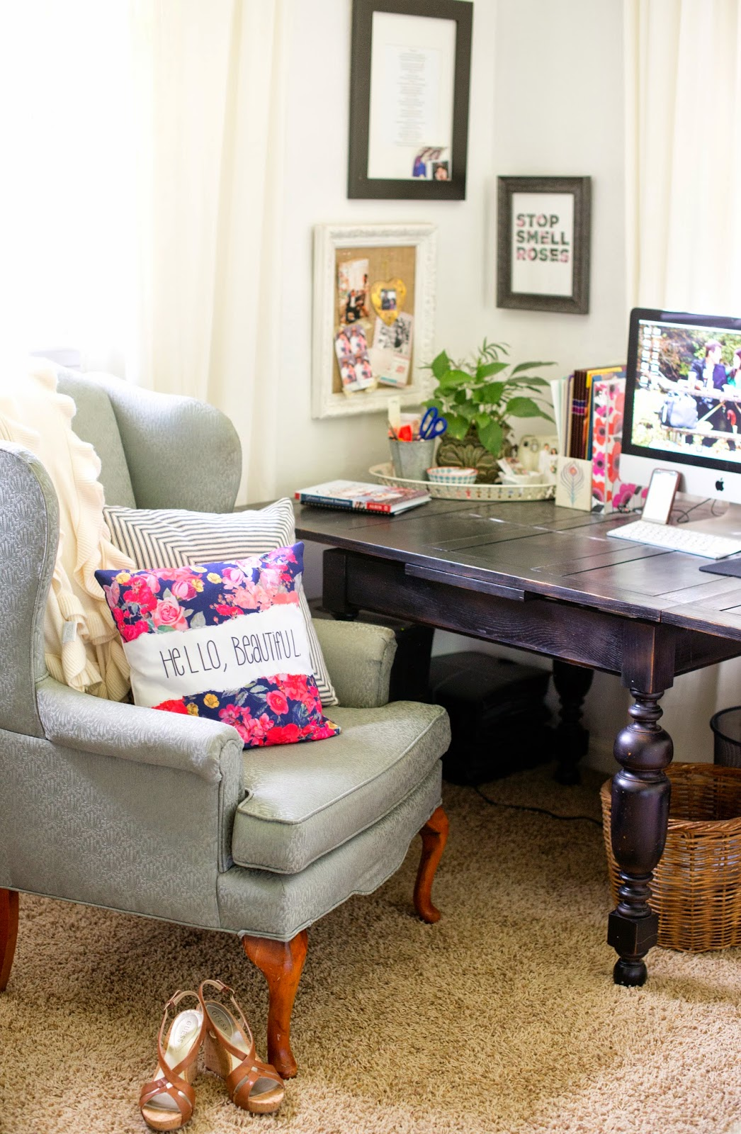 girly office. Hello, Beautiful | A Girly Office + Giveaway