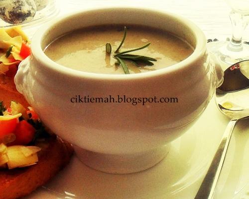 Resepi masakan Sup Cendawan berkrim sedap dan mudah.
