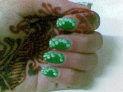 cool nails design picture by pari sangha