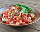 Panzanella (Classic Italian Tomato Salad)