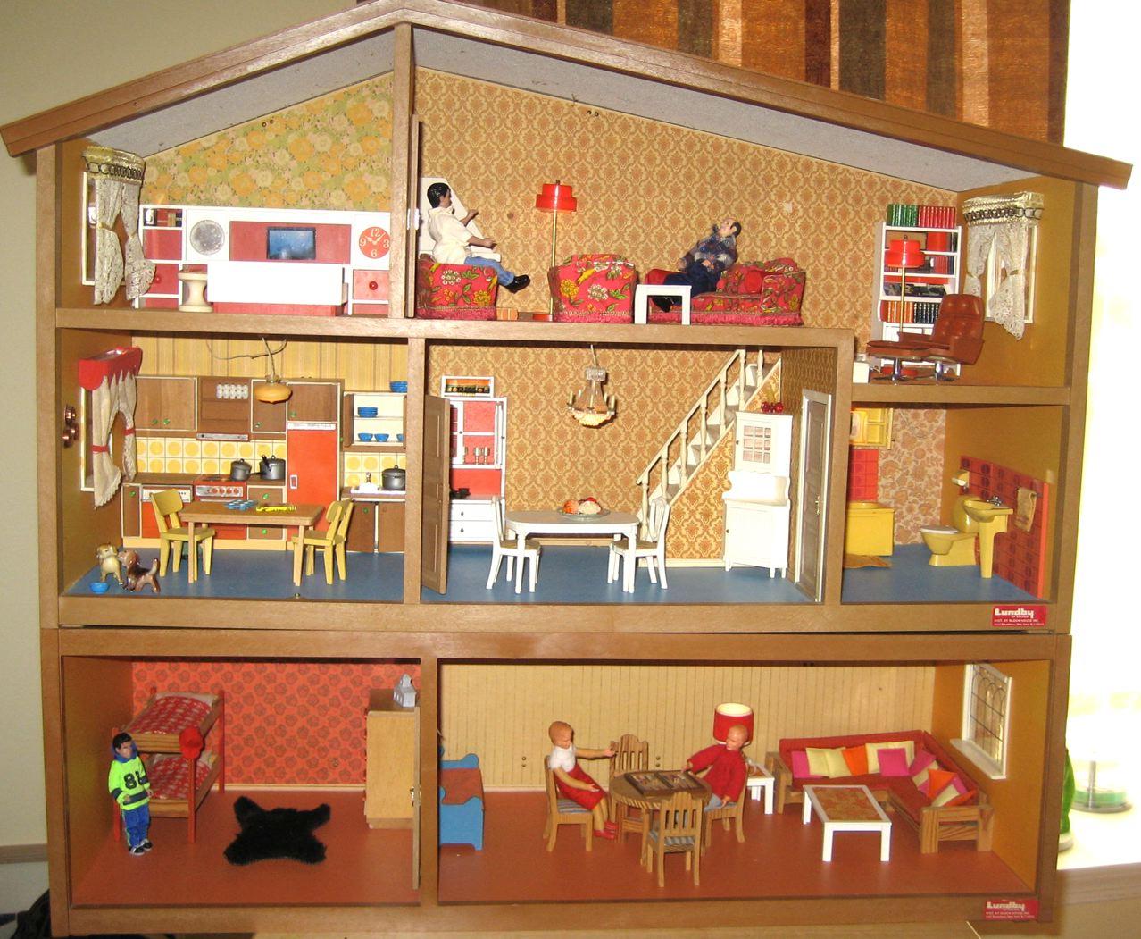 Susan 39 S Mini Homes Doll 39 S House Evolution Antique Dollhouses