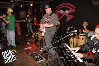banda gaia roots na hole club