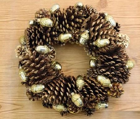10 ideas de decoracion de navidad con pi as - Como hacer centros de navidad con pinas ...