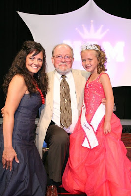 Mr. Kenn Maples - Assoc. NAM National Director with 2 generations of Team Maples titleholders. Mother & daughter, Kaci Holmes (Miss Iowa Teen 1995) and Kloey Monthei (Miss Missouri Princess 2011) pose together moments after Kloey was announced our new Missouri Princess!