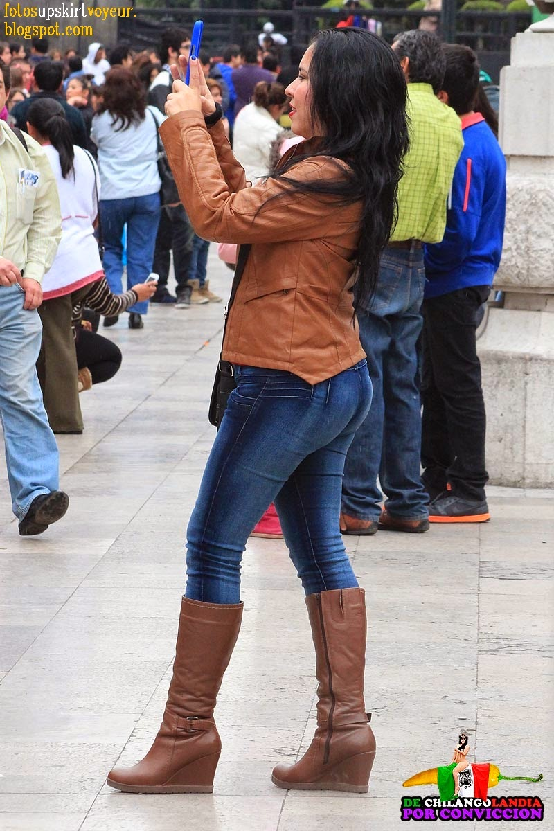 Sexy girls on the street, girls in jeans, spandex and leggings, tight ...