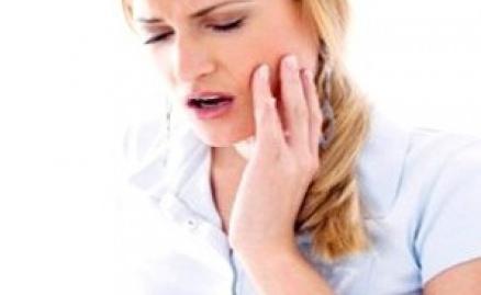 दांतों के कीड़ों के इलाज का घरेलू  उपचार