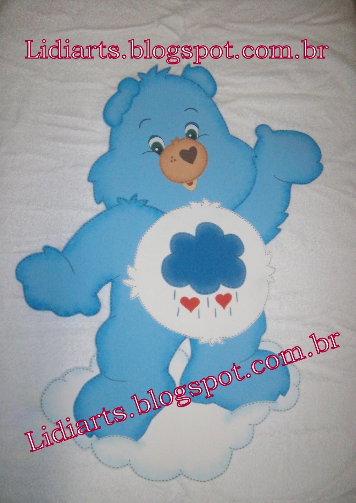 Este Azul Era O Maior De Todos Media   Ou   80cm De Altura Por 45cm De