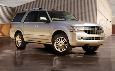Say Goodbye to the V8 Lincoln Navigator
