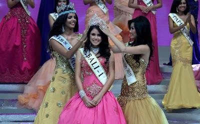 Miss Indonesia 2012 - Ines Putri Tjiptadi Chandra