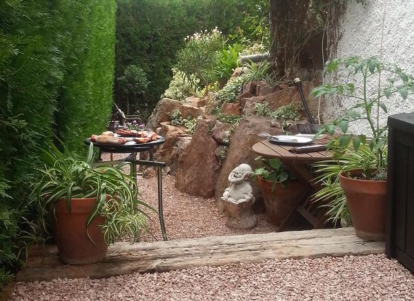 parrillada en el jardín