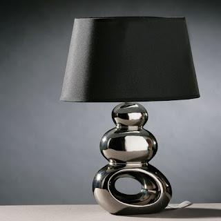 candeeiro de mesa moderno