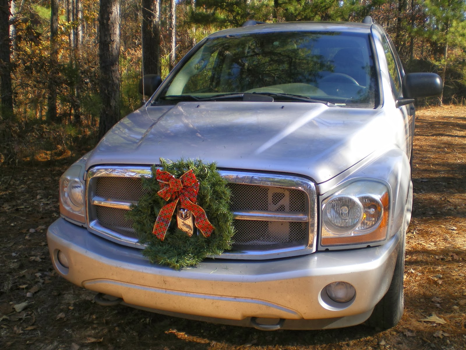every year for the past 14 years the day of or after thanksgiving we decorate our cars with a wreathi love this tradition - Christmas Decorations For Your Car