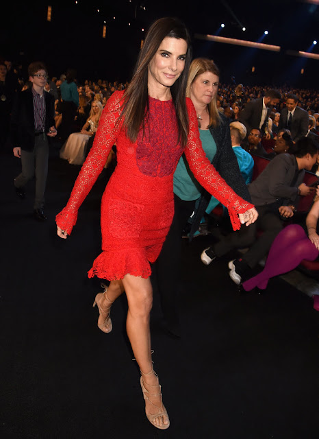 sandra bullock people choice awards
