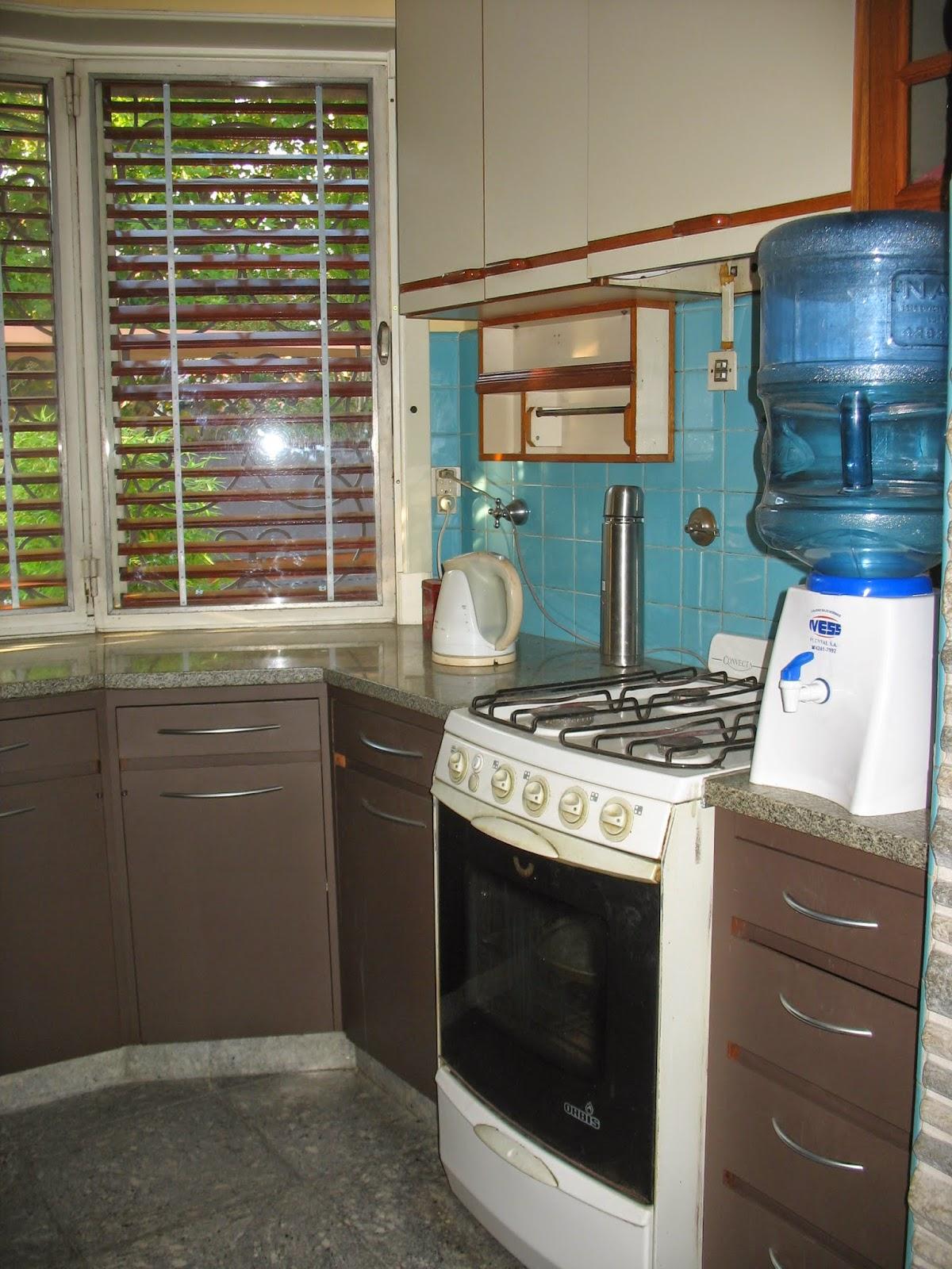 Luego que las puertas fueron limpiadas lijadas e - Materiales de cocinas ...