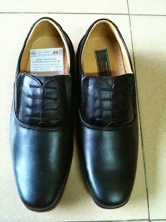 Bán Nón Bảo Hiểm Công An, Giày Công An, Áo Mưa Công An, Vớ Công An - 8