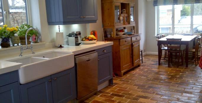 http://www.artofclean.co.uk/terracotta-tilebrickquarry-tile-cleaning/