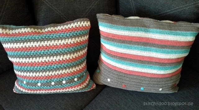 Häkelkissen Rückseite / triangle crochet pillow / granny square cushion - back