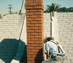 El maestro de obras xavier valderas la construcci n de - Como hacer una chimenea de obra ...