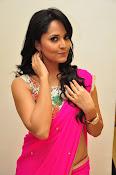 Anasuya dazzling saree photos-thumbnail-20