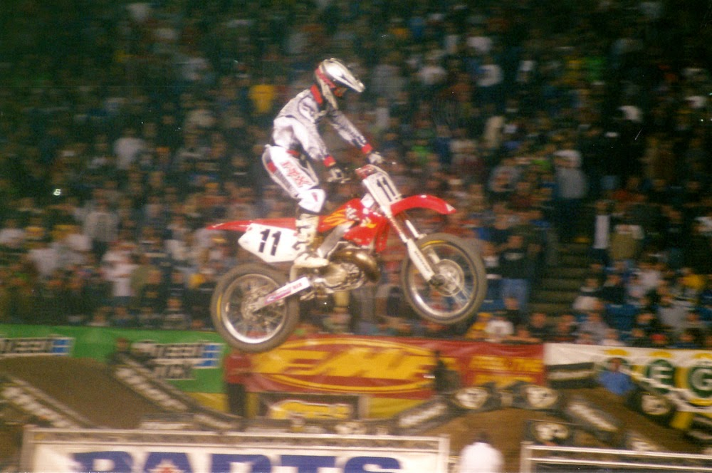 Ezra Lusk Pontiac Supercross 2001