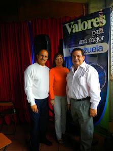 José Eduardo Orozco y parte del equipo