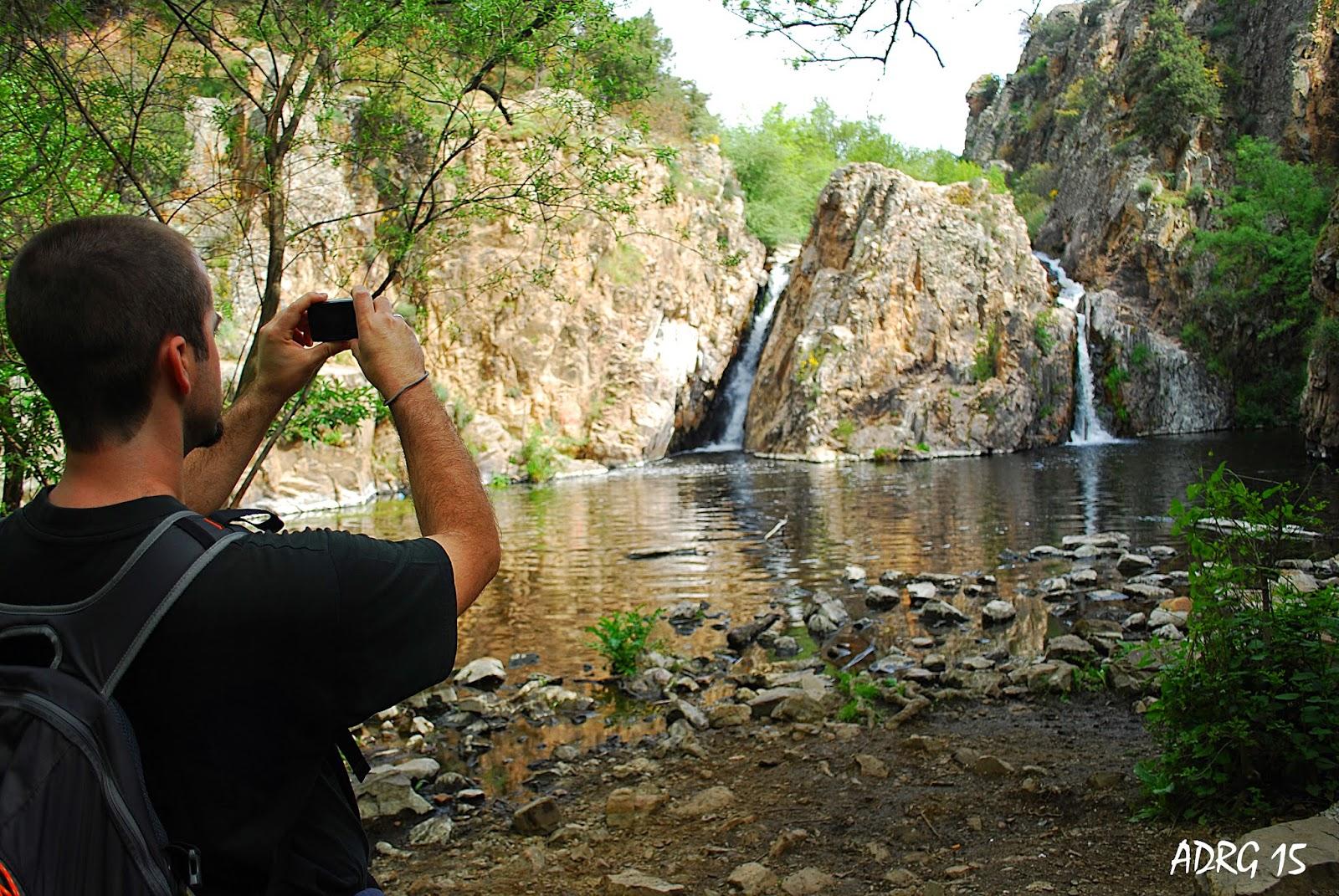 Un ambientalista ruta la cascada del hervidero for Piscina san agustin de guadalix