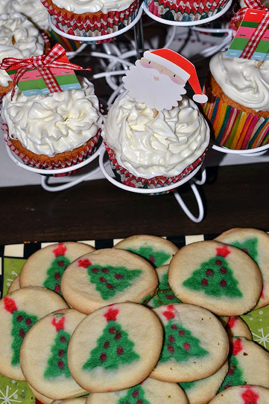 cupcakes and tree cookies