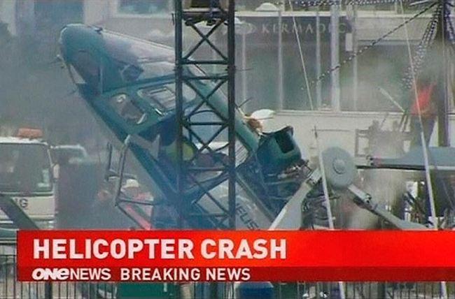 Helikopter jatuh terhempas dirakam secara live dalam TV