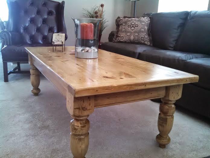 Pine Coffee Table W 4 Turned Legs