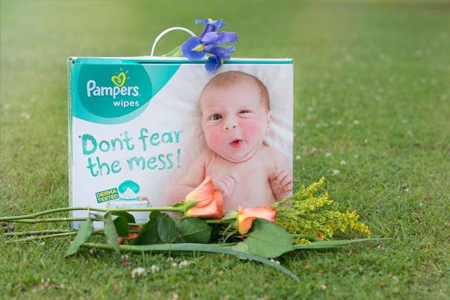 Pampers Poo Face sensitive wipes