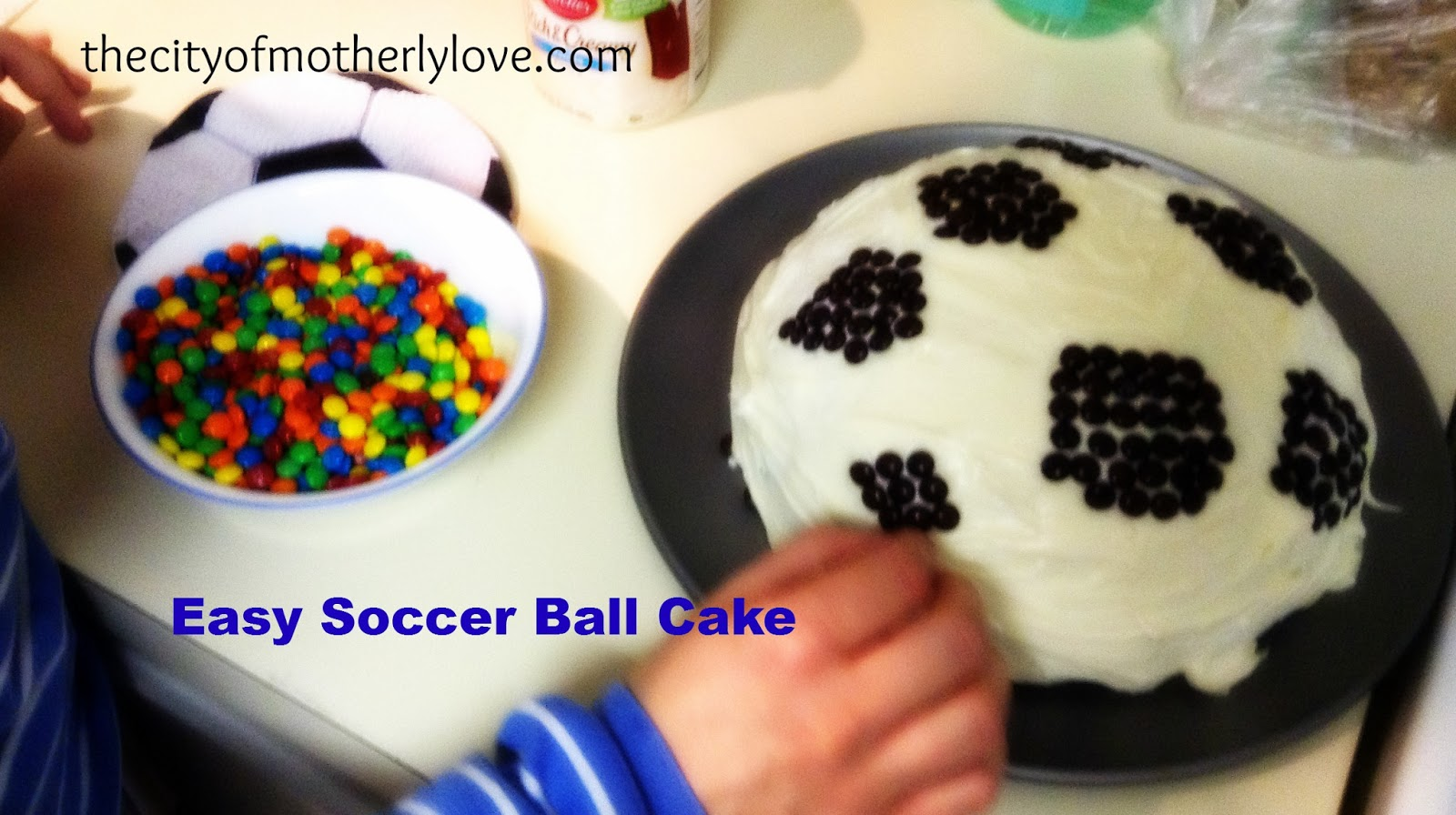 City of Motherly Love Make Your Own Soccer Ball Cake or Tennis