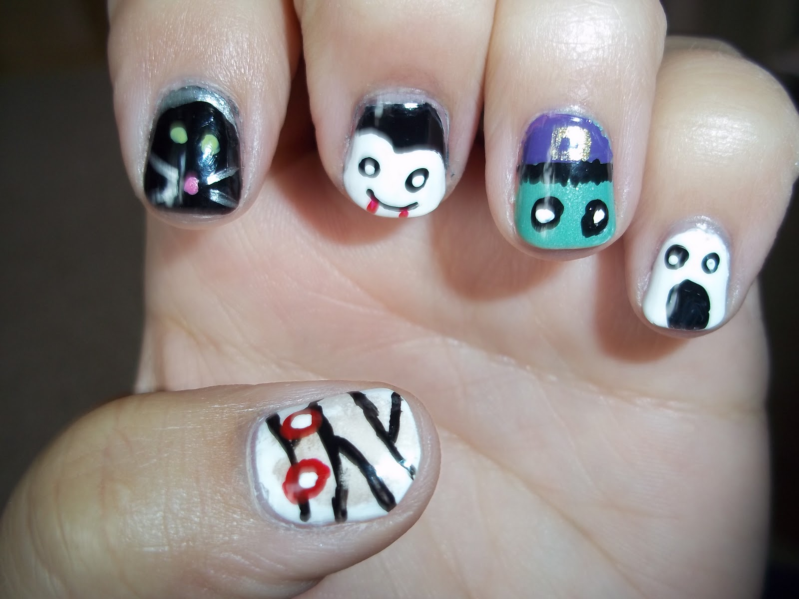 Ruby\'s Nails: Halloween