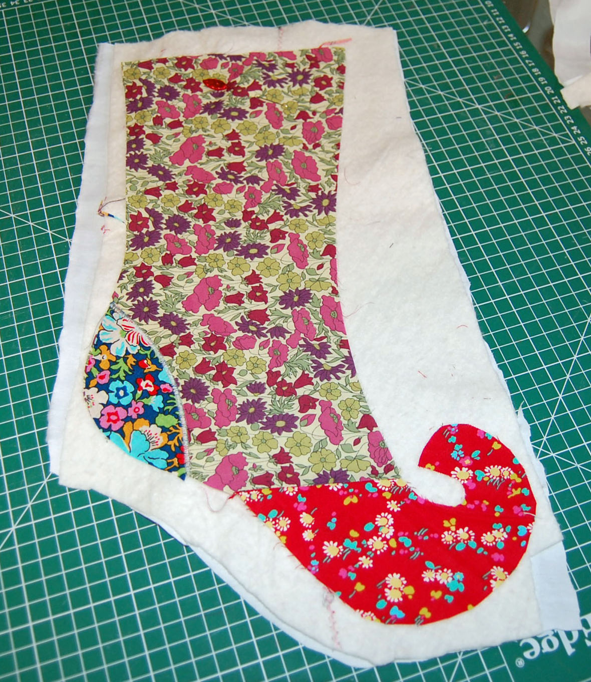 Elf+Stocking+Pattern BLONDE DESIGN: Elf Christmas Stocking Tutorial ...