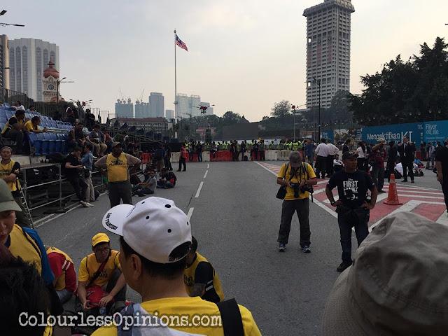 bersih 4 dataran merdeka barricades