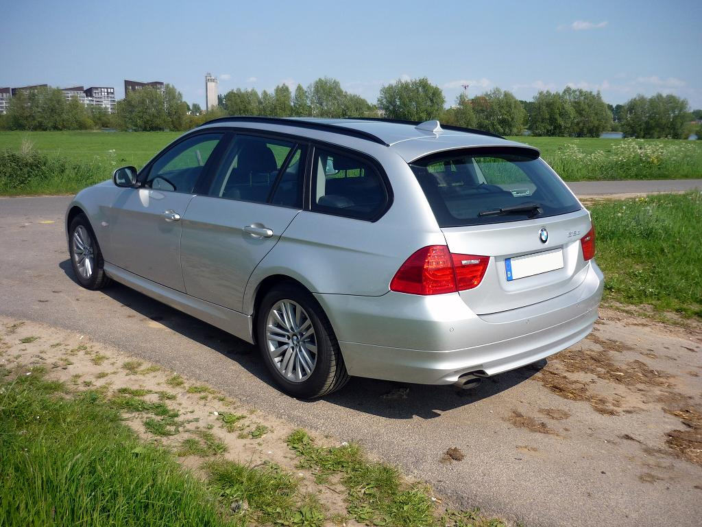 Guitigefilmpjes Car Review Bmw 318d Touring My2010