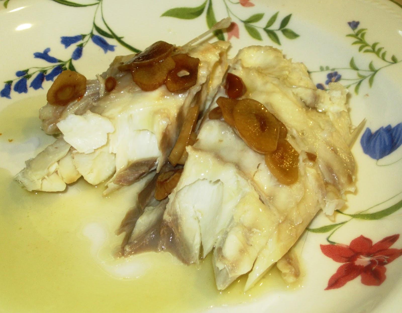 El rinc n de mund n salsa de ajos para pescados a la sal for Salsa para lubina a la sal