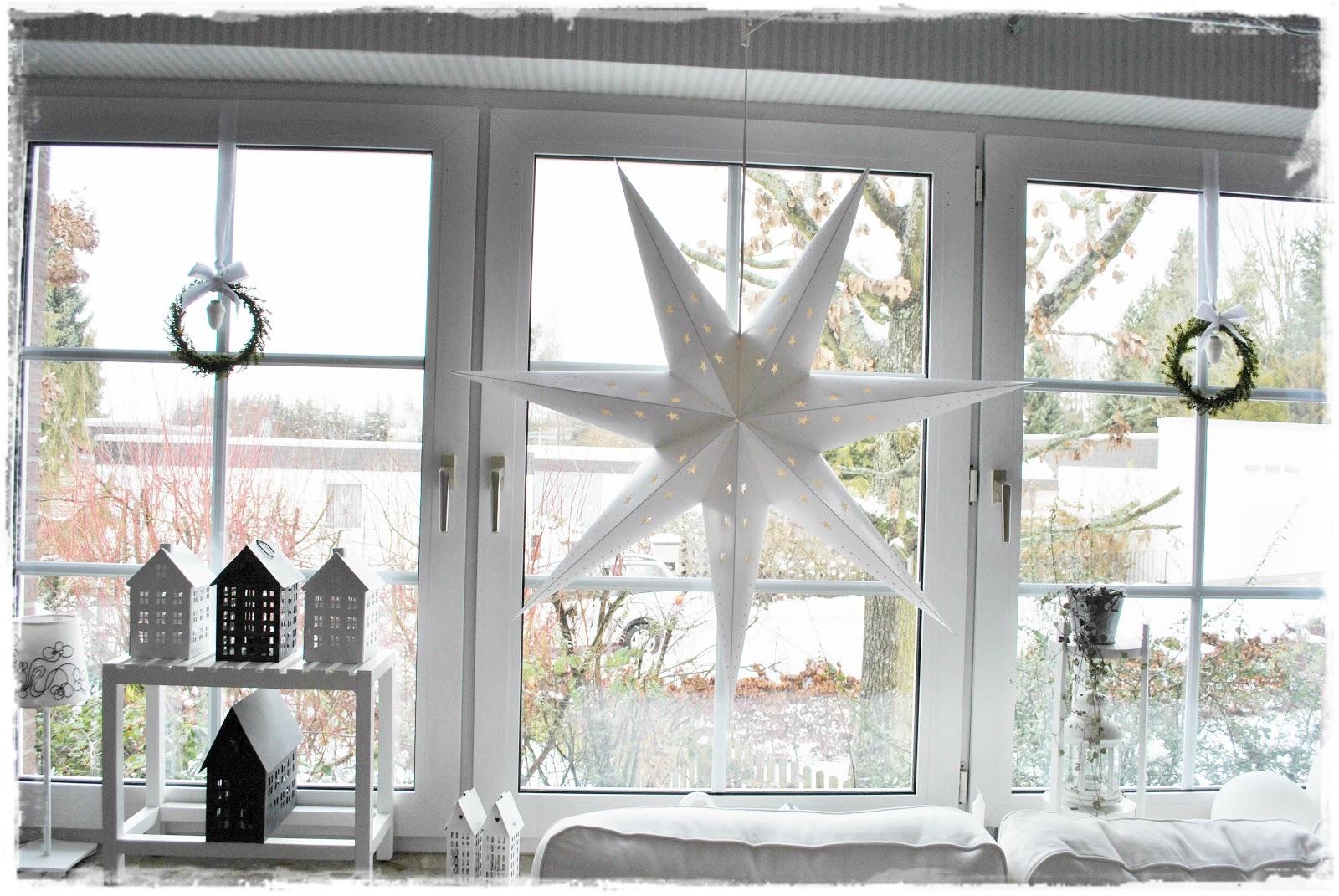 lillemelle weihnachtsdeko und wichtelkonzert. Black Bedroom Furniture Sets. Home Design Ideas