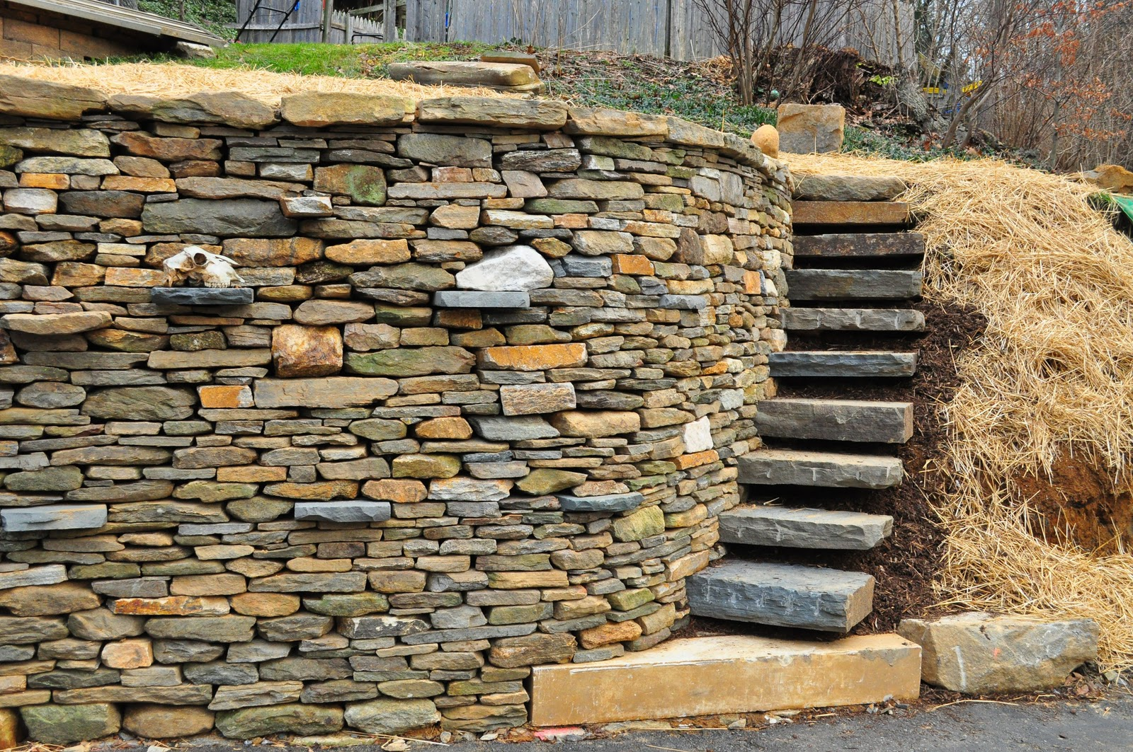 Marble Wall Stairs : Rockin walls warren road project completed retaining wall