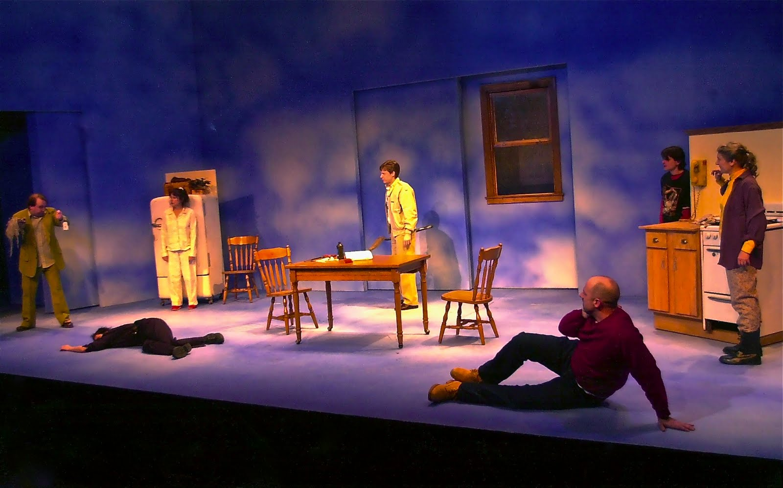 This was the first production i did with director Lou Jacob. A wonderful set by G.W. Mercier. A multi-locale wacky play that is touching and twisted at the ... & That Famous Polish Lighting Designer: