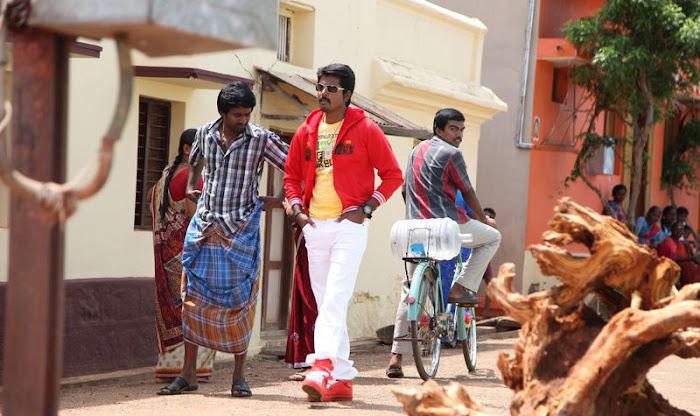 varutha padatha valibar sangam tamil movie pictures